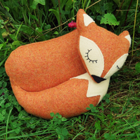 Rusty Fox.  A snoozy fox doorstop.  Fox bookend.  Made from tactile wool.