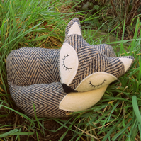 A snoozy fox doorstop, made from a soft herringbone wool.  Fox decor.