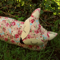 Floral fox.  A snoozy fox draught excluder.  107cm in length.  (42 inches)