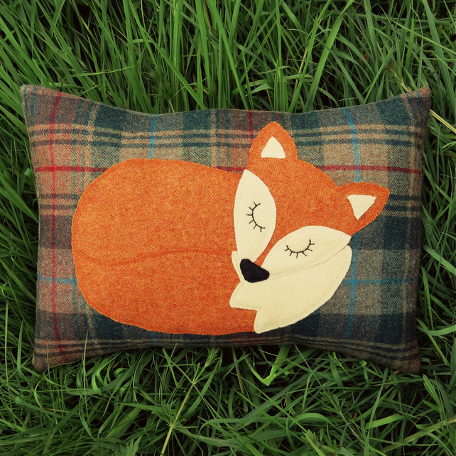 Fox cushion.  A Snoozy fox on tactile wool.  Complete with feather pad.