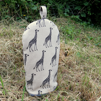 Cafetiere cosy, size small.  To fit a 2 cup cafetiere.  Giraffe design.