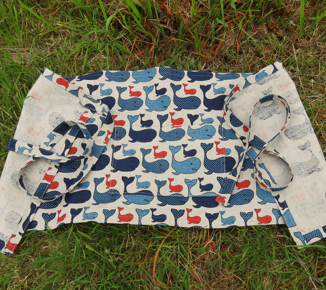 Wraparound apron.  Whales design.  Unisex apron.  Nautical.