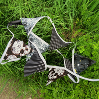 Nautical bunting. Double sided skulls bunting. 232cm excluding ties. Pirates.