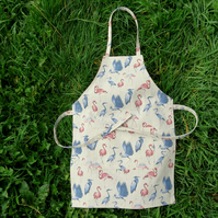 Child Apron. Size extra small,  3- 5 years.  Flamingo design.  Little helper.