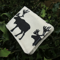 Oyster card holder. A card wallet with a reindeer design. Card holder.