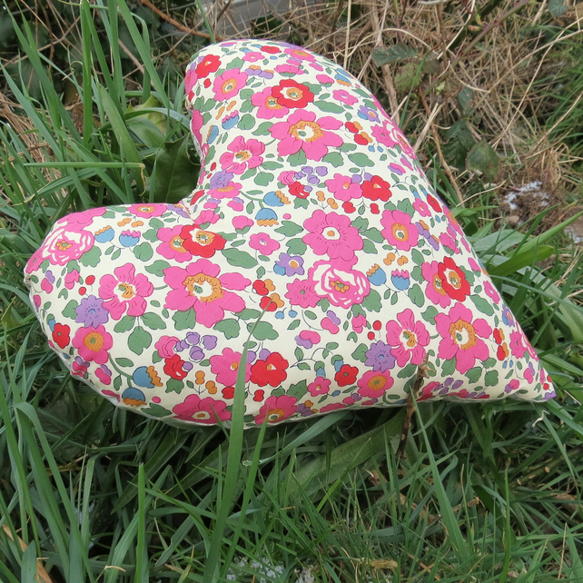 Breast Cancer Pillow. Heart shaped cushion. Masectomy Pillow.  Floral.