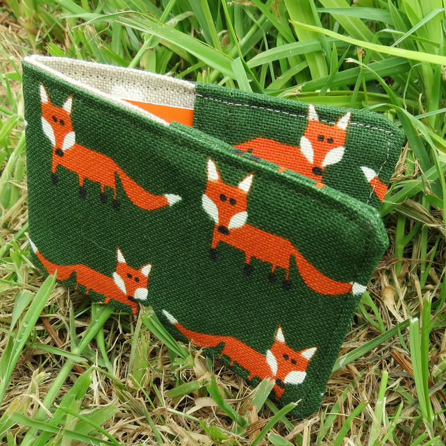 Travelcard Sleeve.  Foxes design.  Oyster Card Cover.