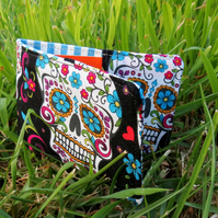 Travelcard Sleeve.  Oyster card cover.  Sugar Skulls design.