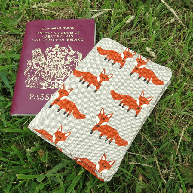 Fox passport cover.  Passport Sleeve.