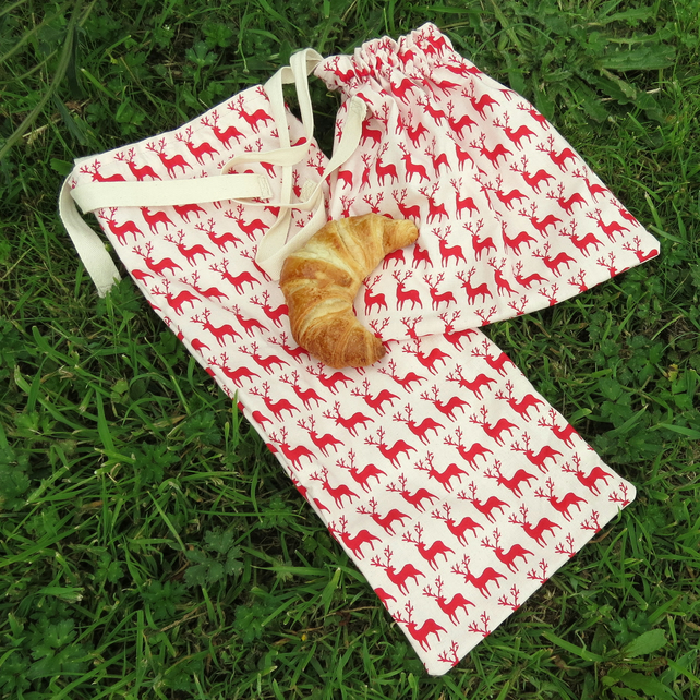 Cotton bread bags. Set of two. Baguette bag and Croissant bag. Reindeer design.