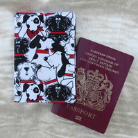 Passport cover.  Dogs design.  Passport sleeve.