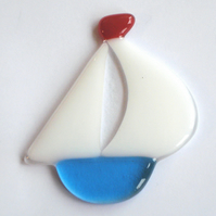 Sweet Little Fused Glass Sailing Boat