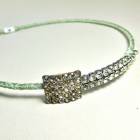 Vintage Jewellery Hairband (Diamante and Vintage Green)