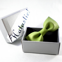 Green Upcycled Leather Bow Hairclip