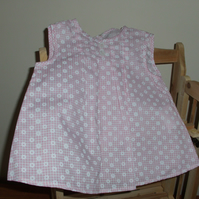 Baby girl pink gingham and daisy dress, pants and shoes gift set