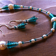 Teal green cone beaded and Swarovski glass pearl necklace and earring set