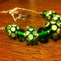 grass green bumpy lampwork glass bead necklace