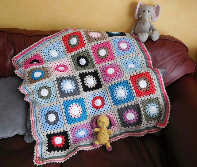 Colourful Circles Crochet Baby Blanket