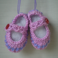 Keepsake,Baby keepsake,Miniature booties,Christening gift,,Home decoration