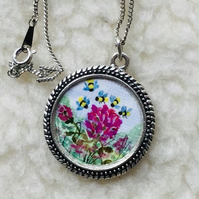 Clover pendant,Hand painted bumble bees,Miniature painting,Necklace