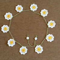 Crochet Daisy Chain Garland in Yellow and White