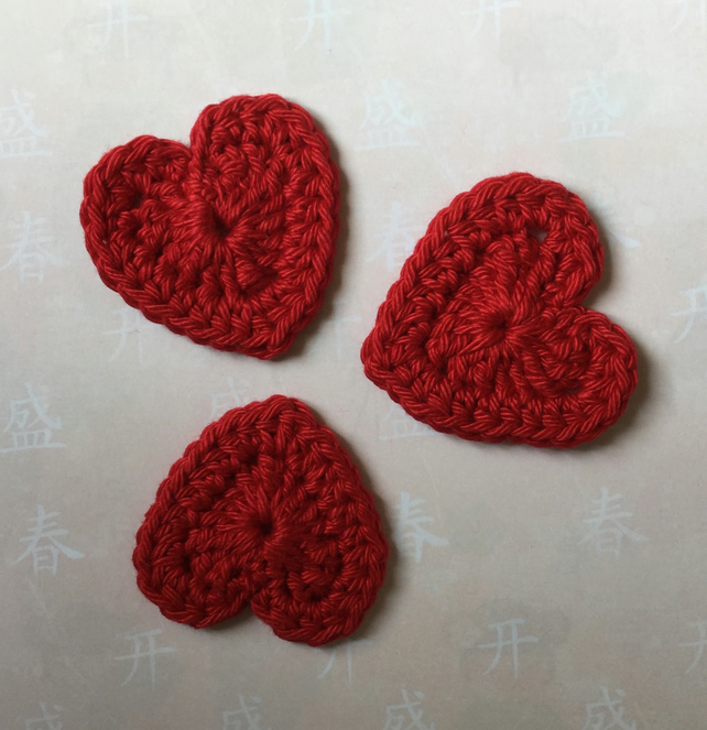 Crochet Red Heart Appliques Embellishments