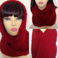 Knitted Infinity Loop Scarf in Red