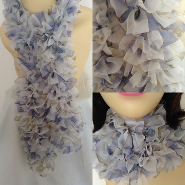 Knitted Frilly Ribbon Scarf in White & Blue