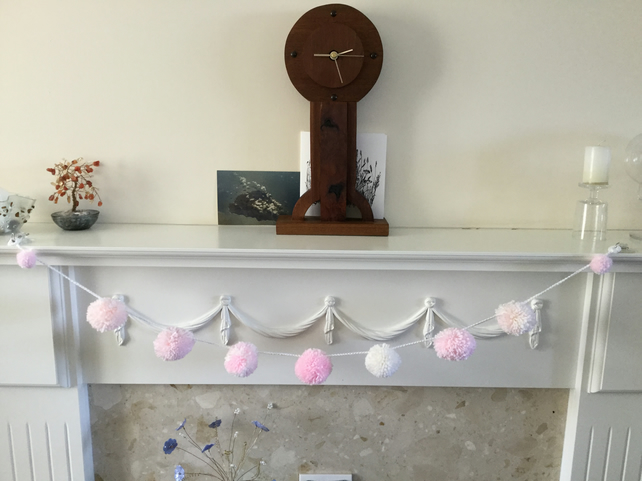 Pompom Garland in Pink,Peach and Cream