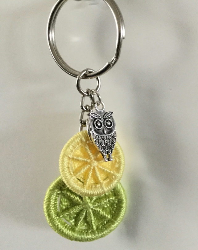 Keyring with Dorset Buttons in Green and Yellow with Owl Charm