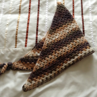 Crochet Triangular Neckerchief Scarf in Sparkly Brown and Cream