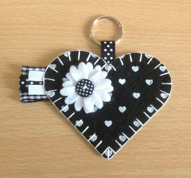 Black & White Felt Heart Keyring Bag Charm