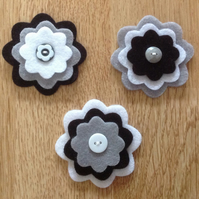 3 x Die-cut Flowers Black, White, Grey