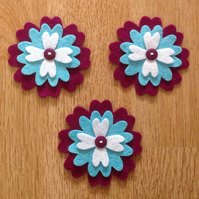 3 x Die-cut Flowers White, Blue, Thistle