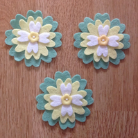 3 x Die-cut Flowers White, Yellow, Green