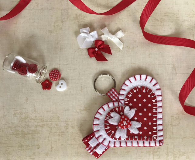 White & Red Felt Heart Keyring Bag Charm