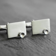 Mens silver cufflinks.  Sterling silver hallmarked, boxed wedding gift cufflinks