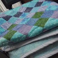 Sea of Diamonds Quilt