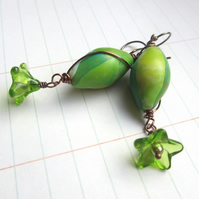 Vibrant Green Pod earrings