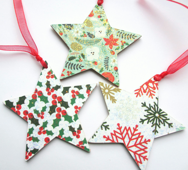 Christmas Tags,Decorations - Wooden Stars Holly