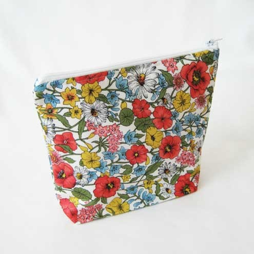 Floral Cosmetic Case / Wash Bag