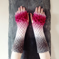 Dragon Scale Gloves - Fade to Rose