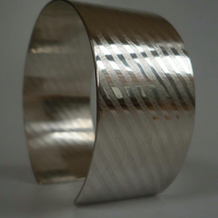 Silver Cuff bangle bracelet embossed pattern open style