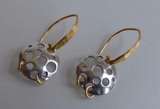 silver round shapes gold vermeil ear wires earrings