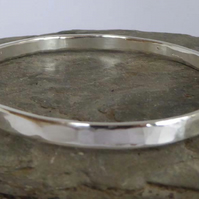 sterling silver bangle medium size weighing 22g
