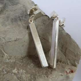 Minimalist sterling silver bar earrings with 9ct gold post and ring