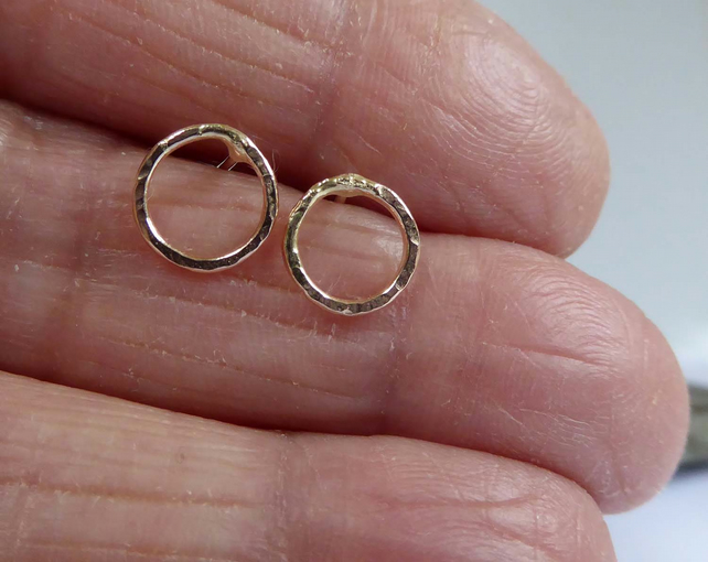 14ct gold circle earrings studs post and scroll artisan minimalist
