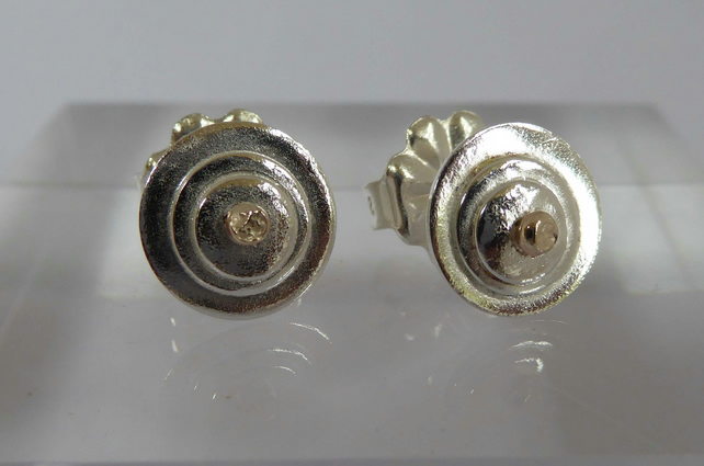 Sterling silver and 9ct gold stud post and scroll earrings