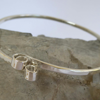 Sterling silver slim bangle hammered forged small to med size Free Shipping UK