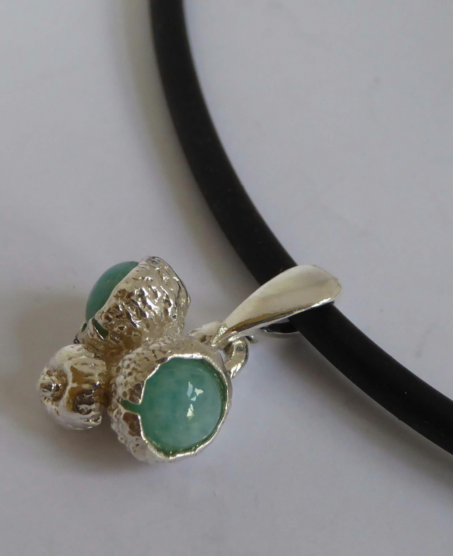 "Silver acorns and green Aventurine on 18"" rubber necklet silver clasp"